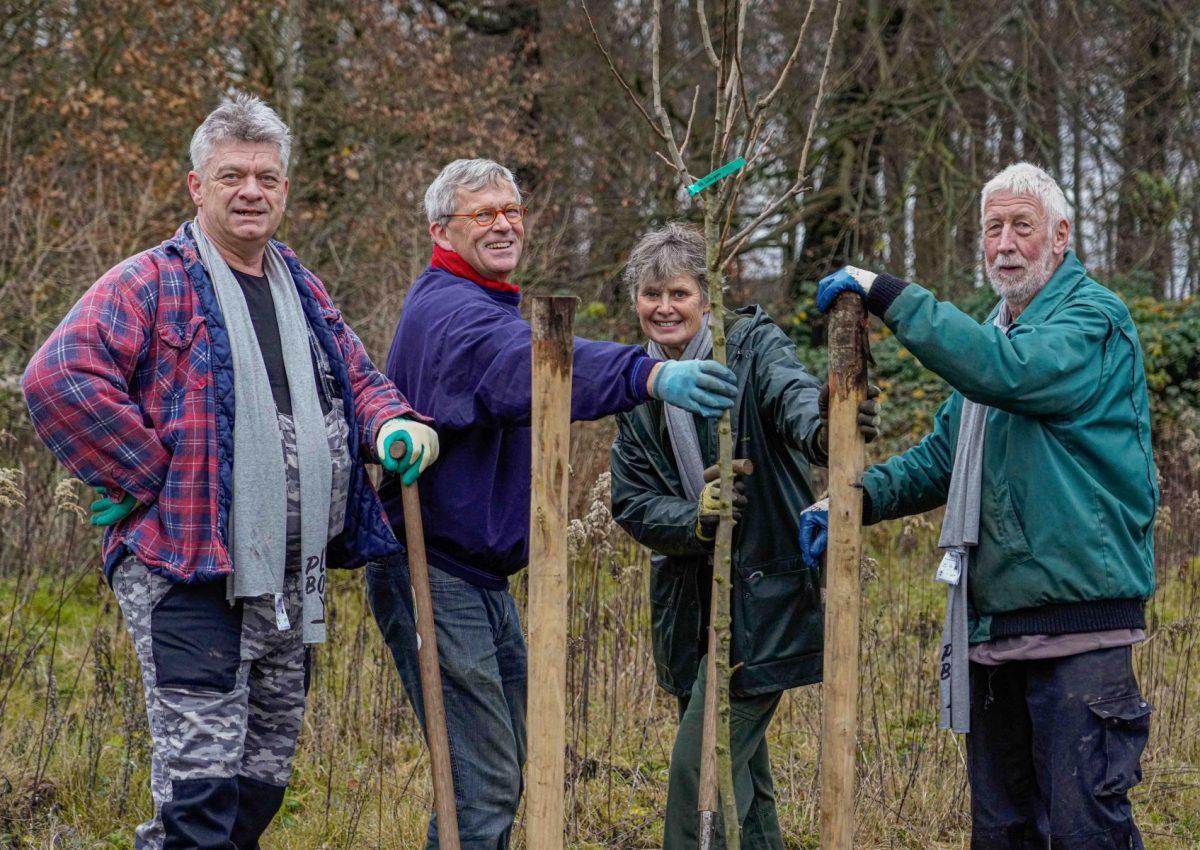 Vrijwilligersgroepen in Brabant cruciaal bij aanplant